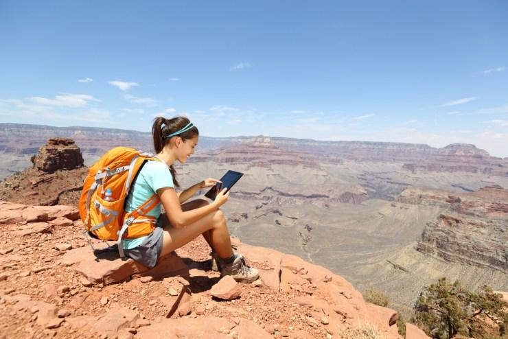 Frau alleine auf Reise